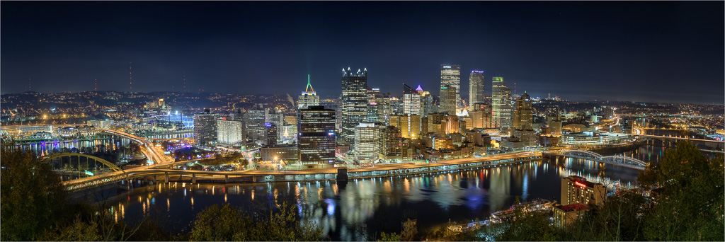 Pittsbugh-Knows-How-To-Light-Up-The-Night.jpg