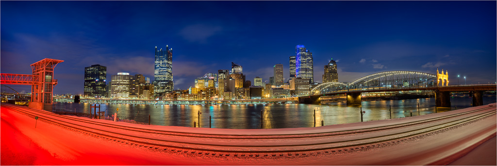 The-City-Between-Red-And-Blue.jpg