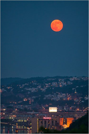 Supermoon-Over-The-Southside.jpg